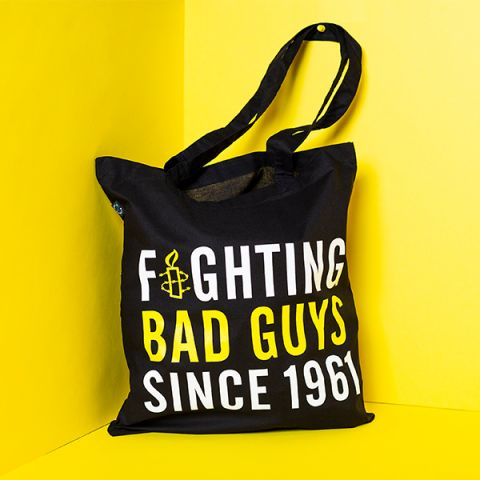Tas - fighting bad guys